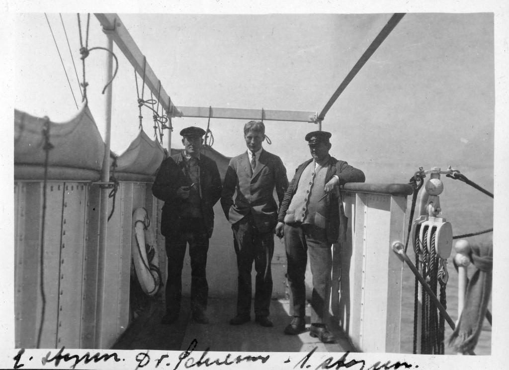 Bilde av 2. styrmann - Dr. Schreiner - 1. styrmann