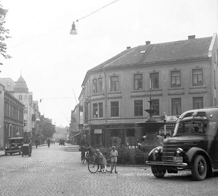Bilde av A. Gogstad / Chr. Hvidts plass 1