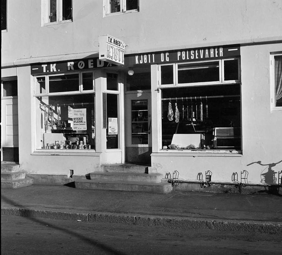 Bilde av Fasaden på T. K Røeds Kjøttforretning