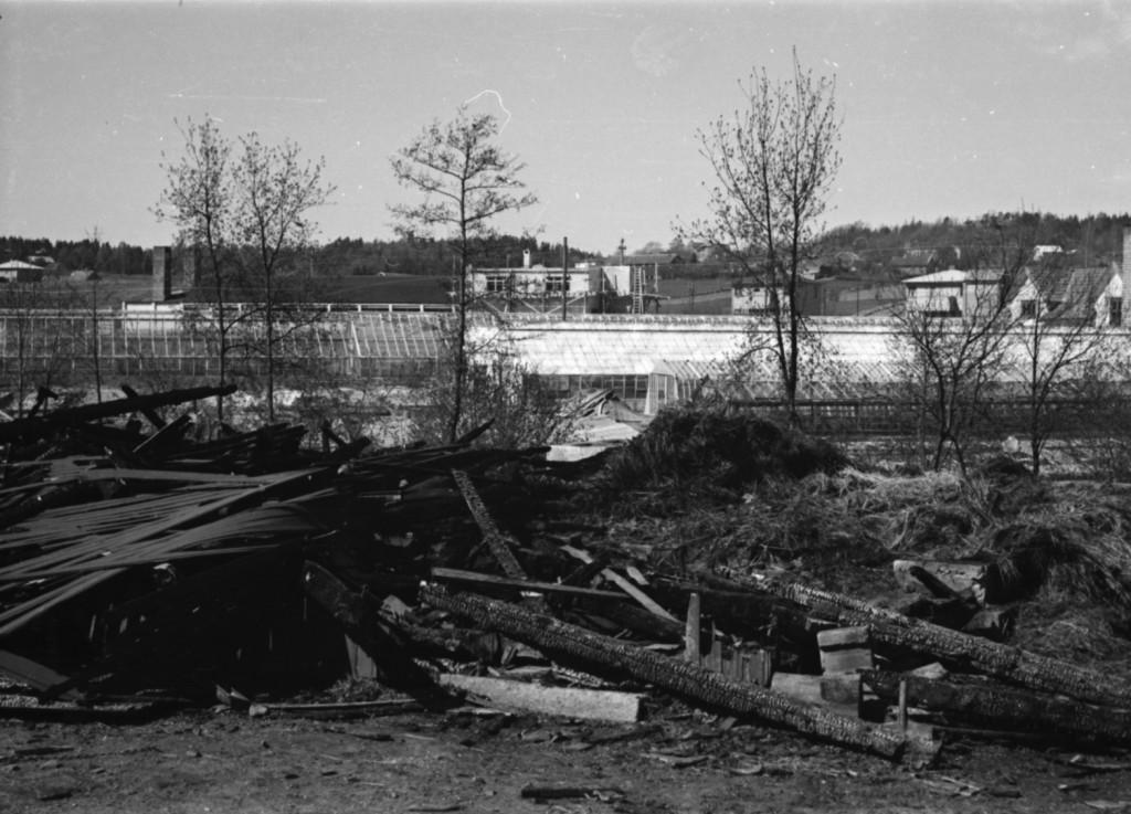 Bilde av Brann hos nabo Tønneson