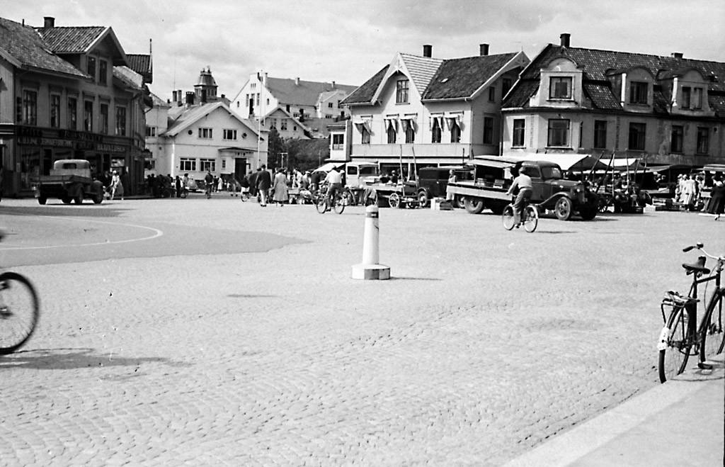 Bilde av Torghandel 1945