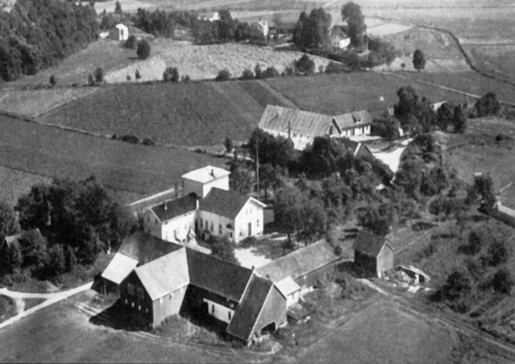 Bilde av Husebys og Haakestads gårder
