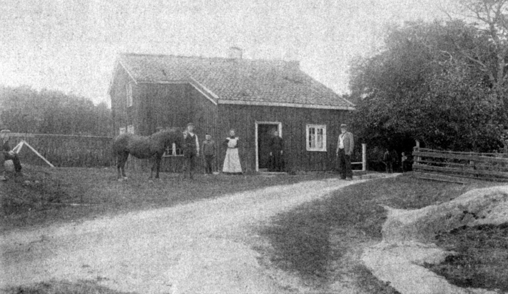 Bilde av Framhus vest for uthuset til Haakestad