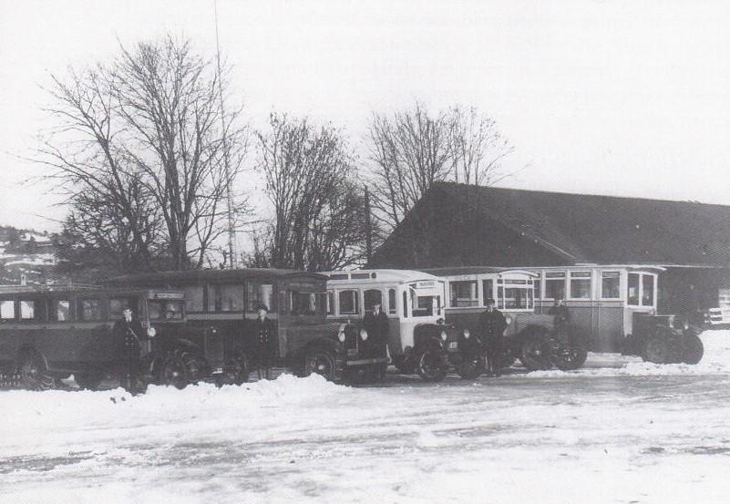 Bilde av Rutebusser ved jernbane stasjonen