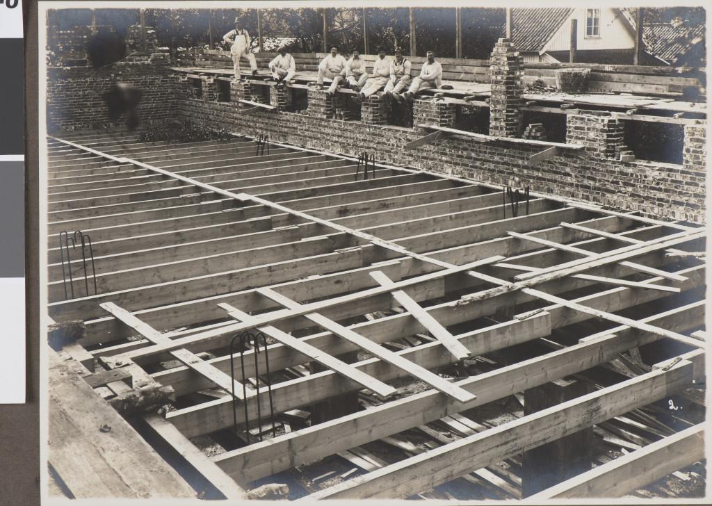Bilde av Matpause i byggingen av museet