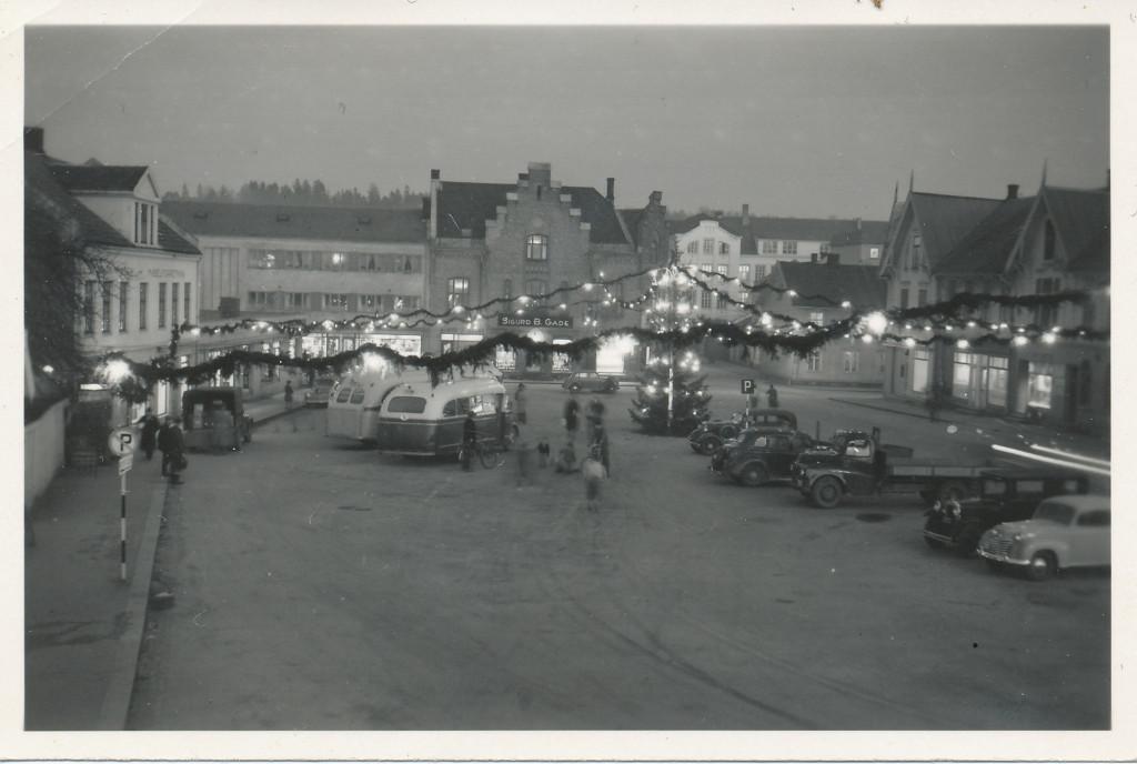 Bilde av Aagaards plass før jul