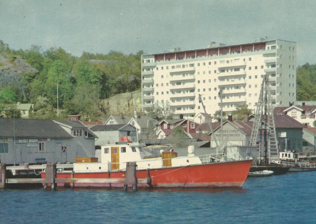 Bilde av Brannbåten Sprøyt