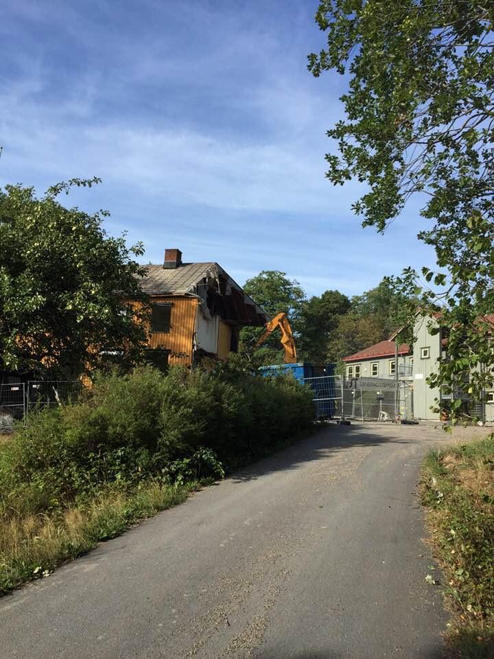 Bilde av Riving av Sandar Barnehjem / Føykåsveien 26