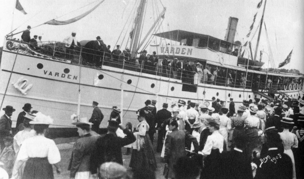 Bilde av Fjordbåten Varden