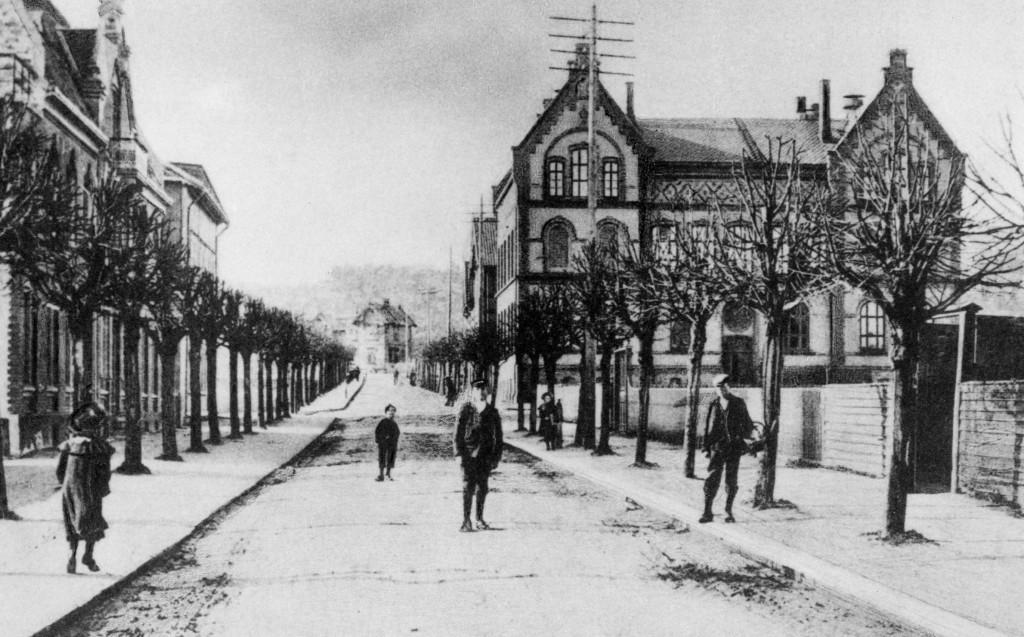Bilde av Jernbanealleen fra ca 1910