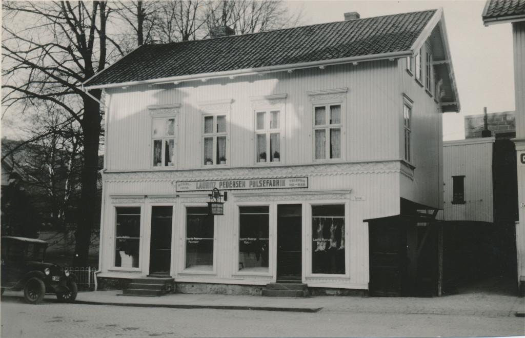 Bilde av Opprinnelig Lauritz Pedersens pølsefabrik