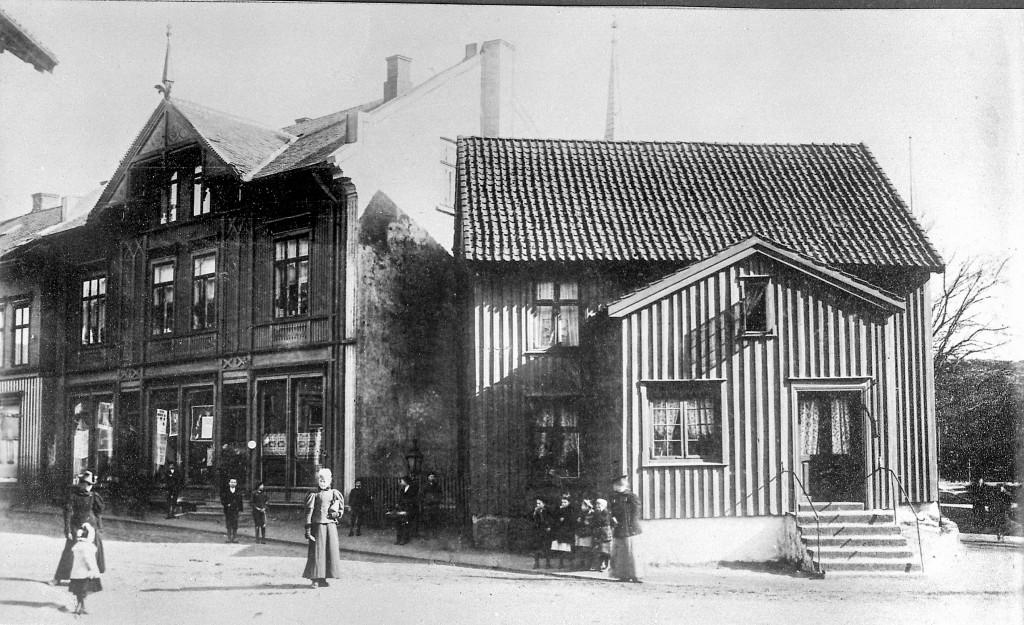 Bilde av Hans Severin Iversens hus ved