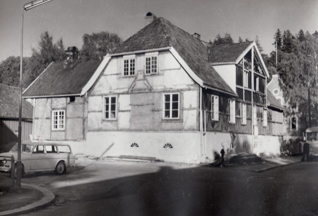 Bilde av Riving av Doktor-gården i 1965