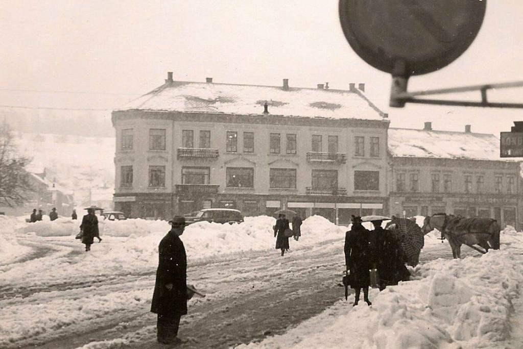 Bilde av Torget i snøvær