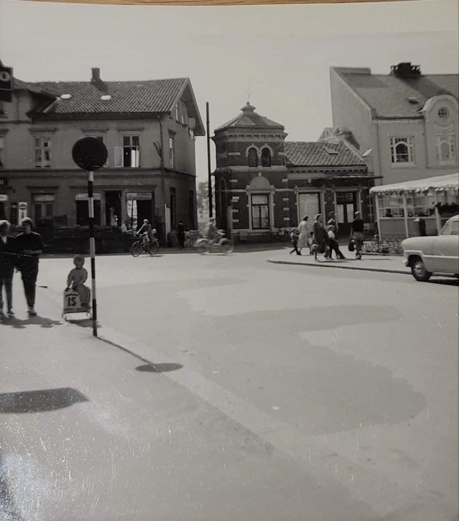 Bilde av Rivning av de gamle bygningene