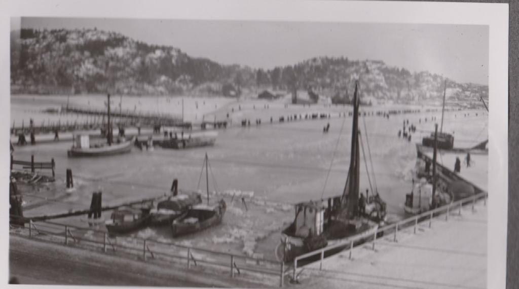 Bilde av Islagt indre havn