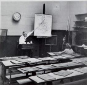 Bilde av Haukerød skole (Raveien 220)