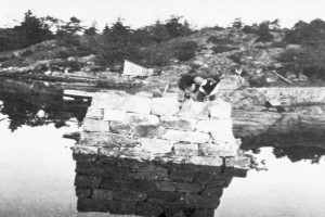 Bilde av Brua over til Natholmen