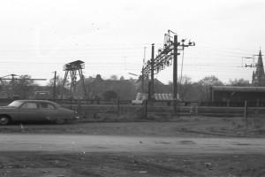 Bilde av Parkeringsplassen langs Sandarveien