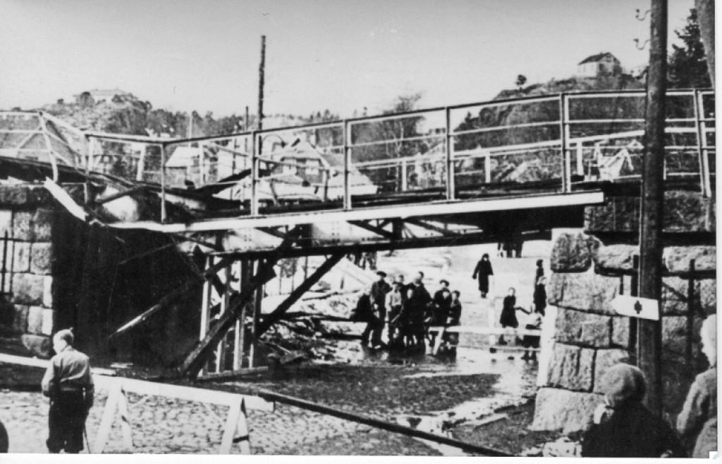 Bilde av Jernbanebrua i bunn av Dølebakken