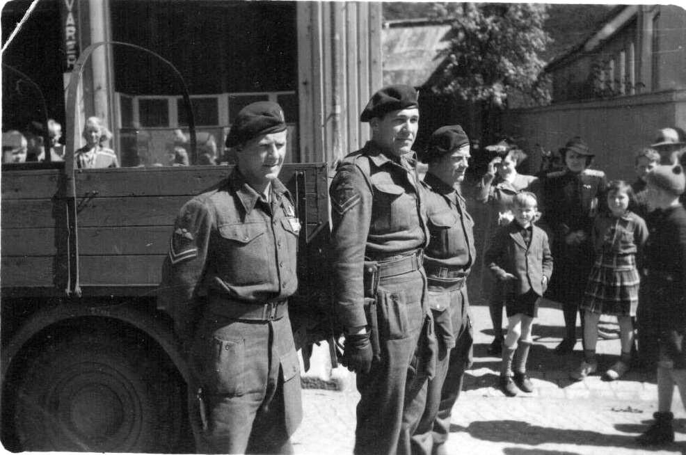 Bilde av 18. mai 1945 på Torget