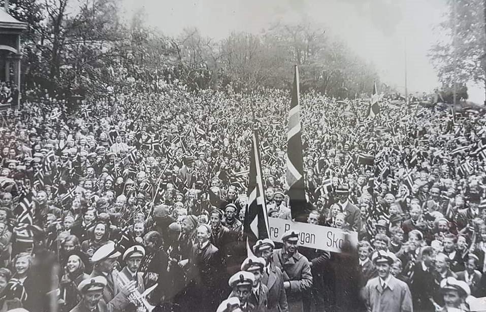 Bilde av 17.mai feiring i Preståsen