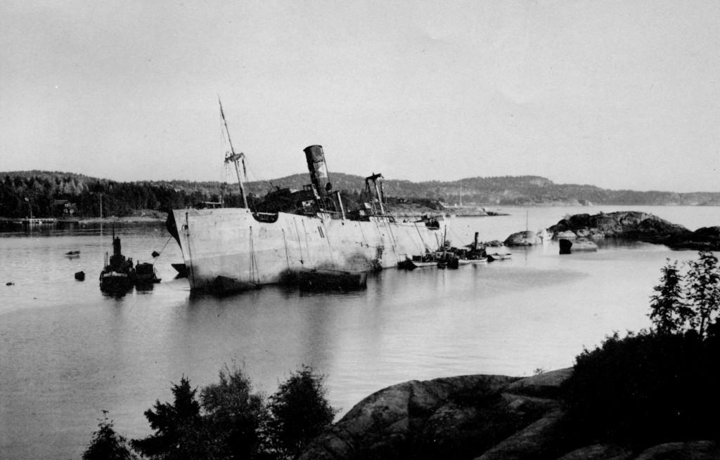 Bilde av Berging av det tyske transportskipet William Blumer
