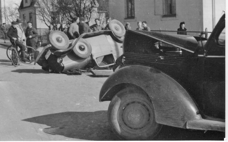 Bilde av 1946 ?? - krysset Landstadsgate og Dronningens gate
