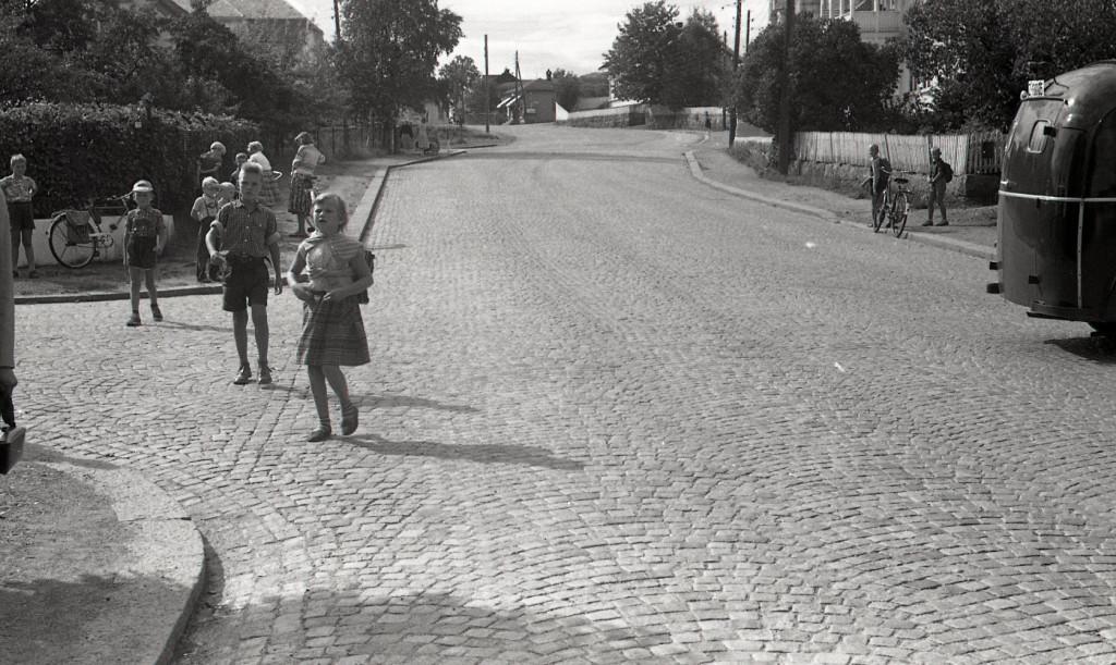 Bilde av 1955 - Pukkestadveien/Leikvollgata.