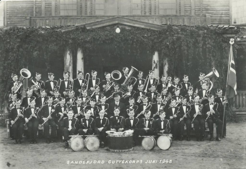 Bilde av Utenfor Kurbadet juni 1948