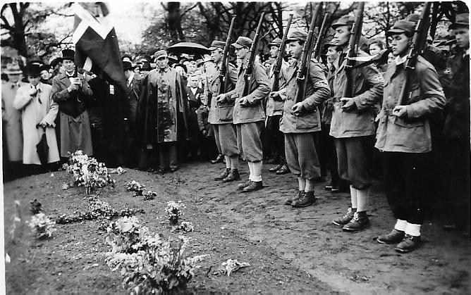 Bilde av Minnelunden Allierte styrkers grav.
