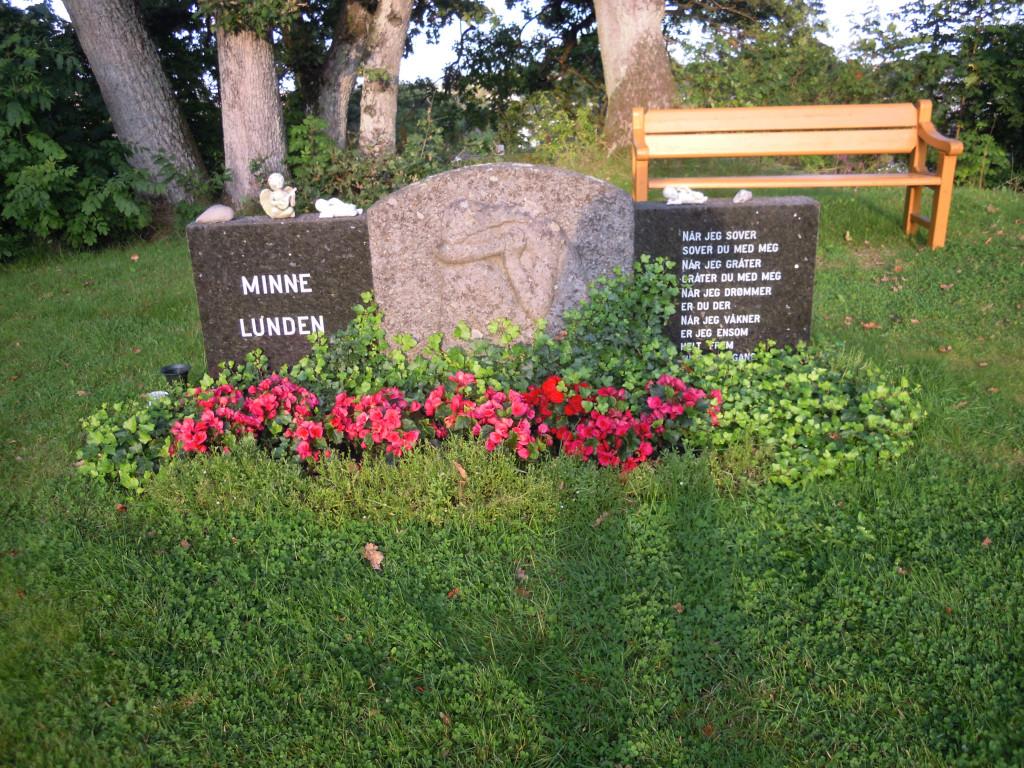 Bilde av Minnelunden Krigsminnesmerke.