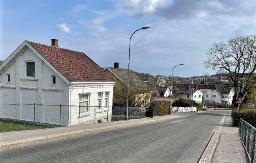 Bilde av BUGÅRDSBRUA - BEBYGGELSE
