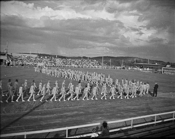 Bilde av GAMLE STADION - TURNSTEVNE 1948