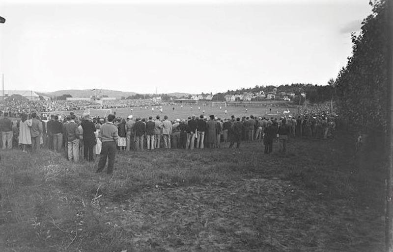 Bilde av GAMLE STADION - FOTBALLKAMP 1949