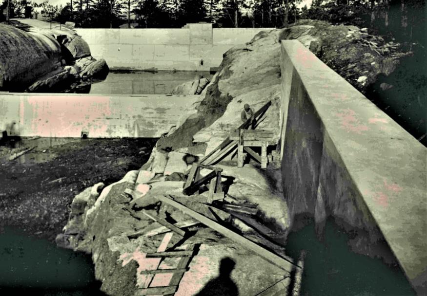 Bilde av INNLAGT VANN - FRA GOKSJØ - I ÅPNE BASSENGER