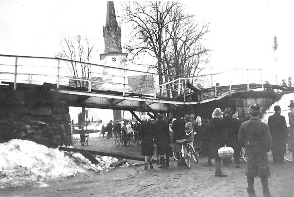 Bilde av DØLEBAKKEN - SABOTASJEAKSJON