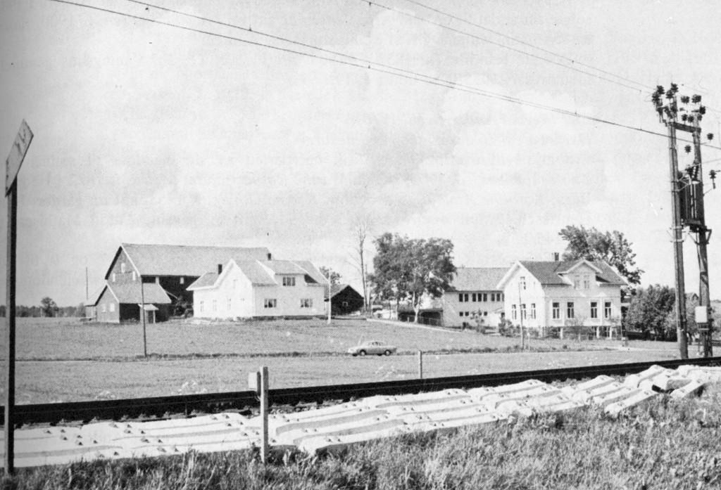 Bilde av Førstad skole i moderne utgave/Furustadveien 61