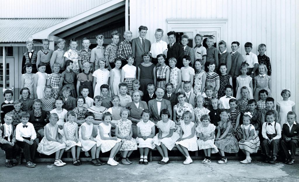 Bilde av From skole 1957/58