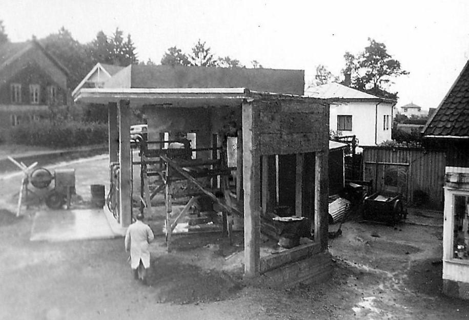 Bilde av Bygging av bensinstasjon