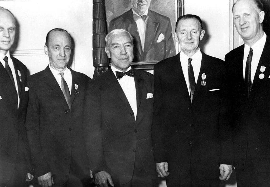 Bilde av Utdeling av Kongens fortjenestemedalje 30 år