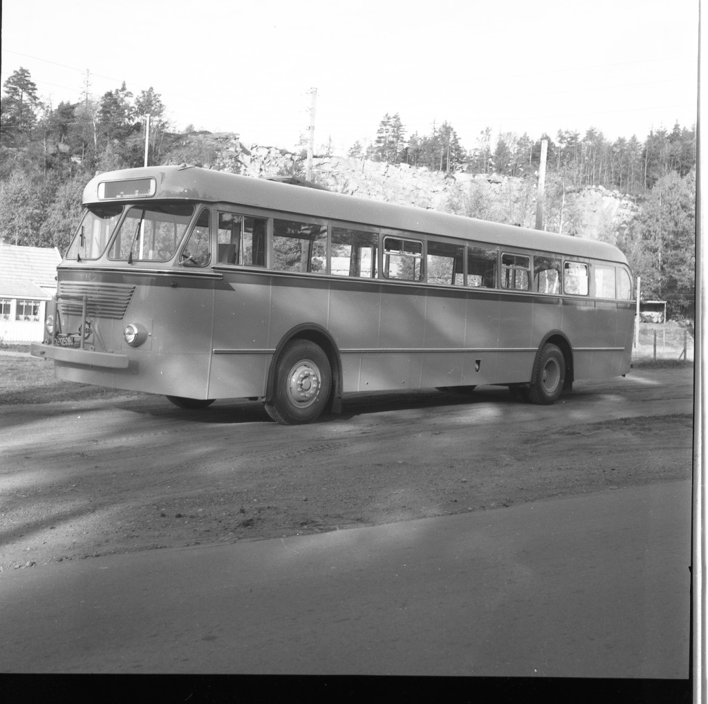 Bilde av Vestfolds største buss i 1955