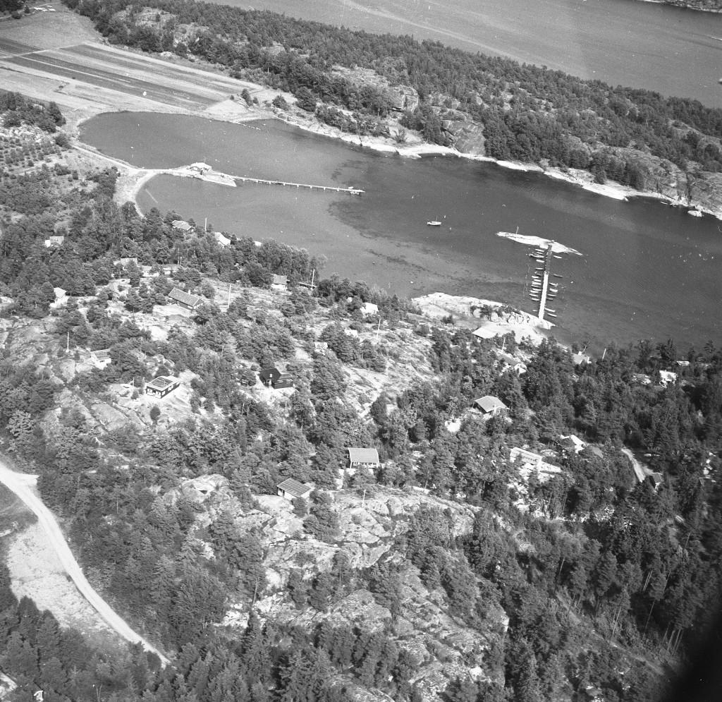 Bilde av Østsiden av fjorden ved Kvernberget