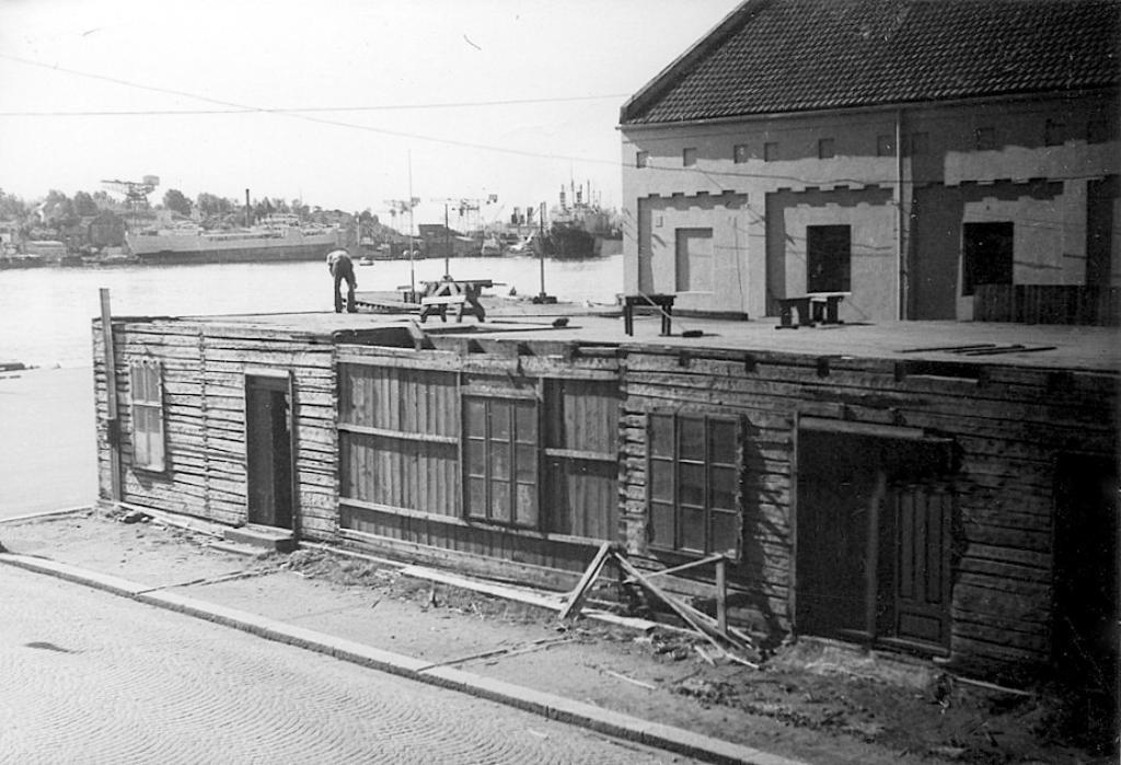Bilde av Brygga 18  -  Den gamle Tollboden.
