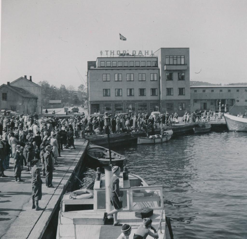 Bilde av Ankomst hvalfangere.