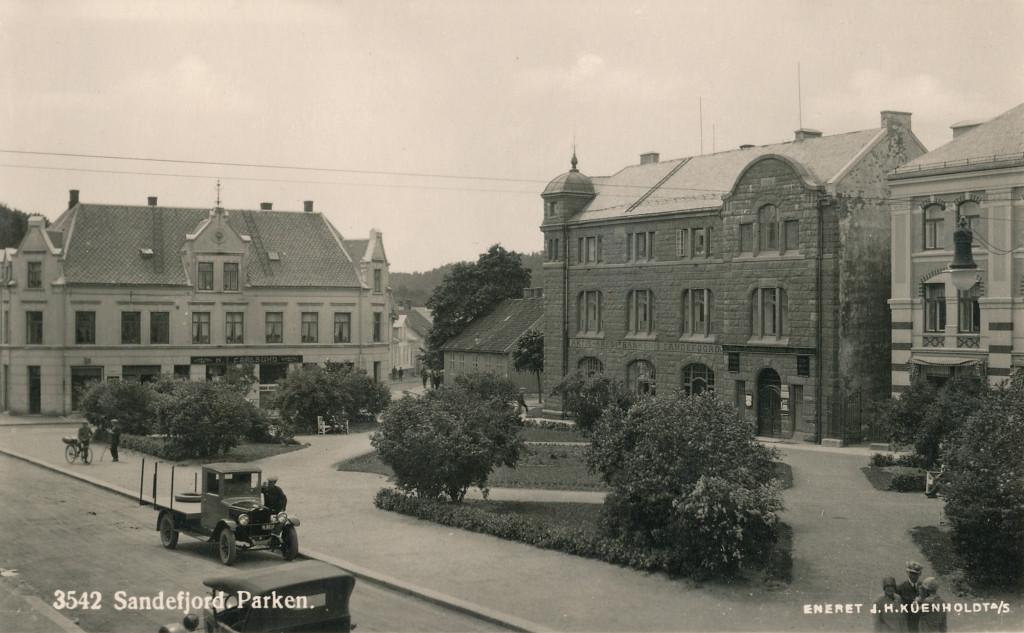 Bilde av Byparken sett mot Skolegata