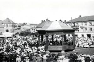 Bilde av Byparken - Musikkpaviljongen innvies