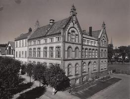 Bilde av Landstads gate 26 Sandefjord Middelskole/Handelsgym