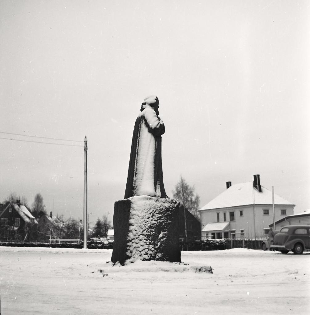 Bilde av Landstadmonumentet