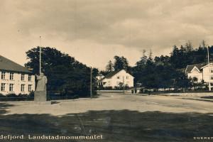 Bilde av Landstads plass